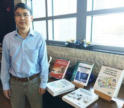 Florida Atlantic University Hosts Book Author Happy Hour